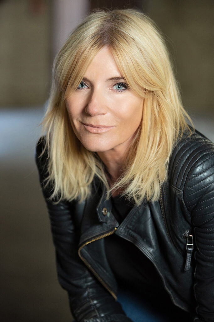 michelle collins actor eastenders cindy beale