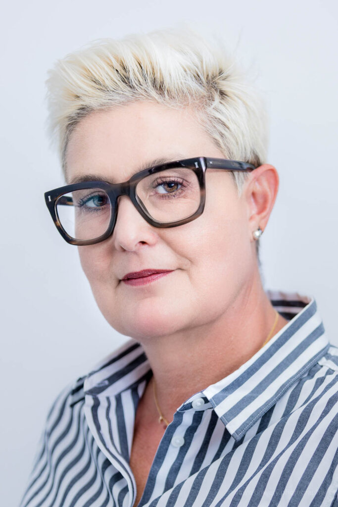 santa monica top women executive headshot photographer